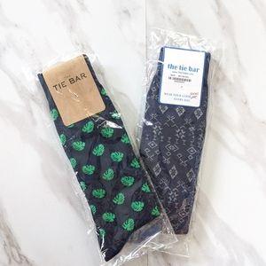THE TIE BAR 2 Pair Men's Navy Dress Pattern Socks